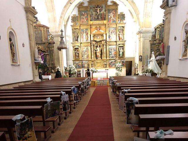 La boda de Víctor  y Azucena  en Villabuena Del Puente, Zamora 1
