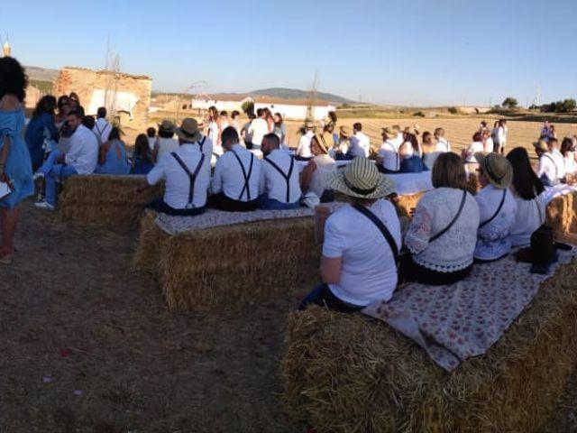 La boda de Isa y Tamara en Ferreruela De Huerva, Teruel 2