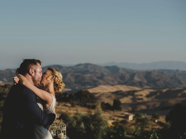 La boda de Mike y Janine en La Joya Nogales, Málaga 35