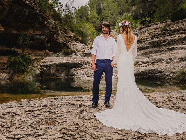 La boda de Álvaro y Geno  en Castellnovo, Castellón 19