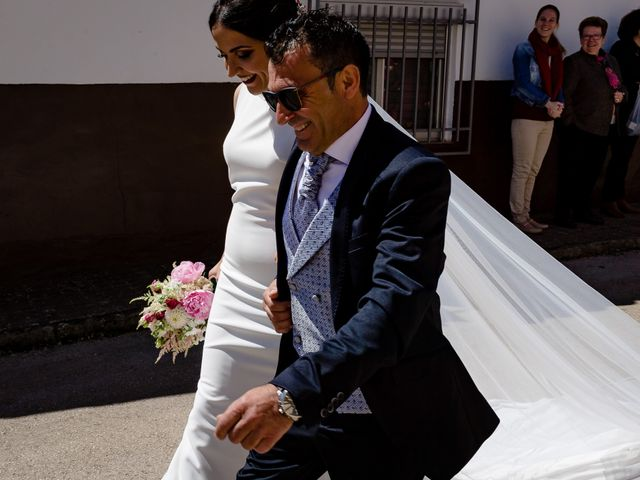 La boda de Tomas y Leticia en Bolaños De Calatrava, Ciudad Real 32