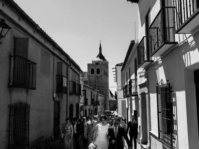 La boda de Tomas y Leticia en Bolaños De Calatrava, Ciudad Real 33