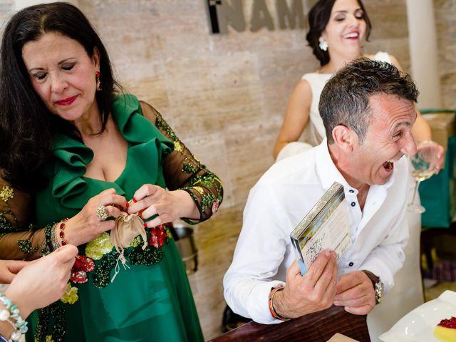 La boda de Tomas y Leticia en Bolaños De Calatrava, Ciudad Real 61