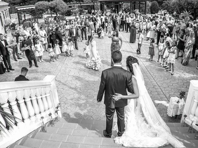 La boda de Héctor y Zoraida en L' Alcora, Castellón 14