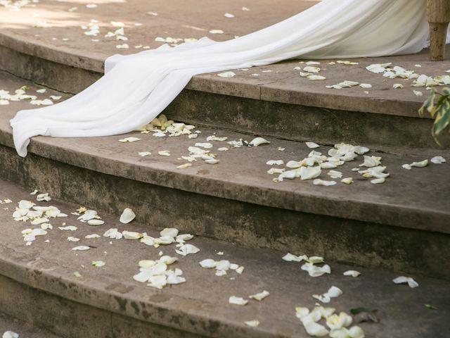 La boda de James y Patricia en Dénia, Alicante 57