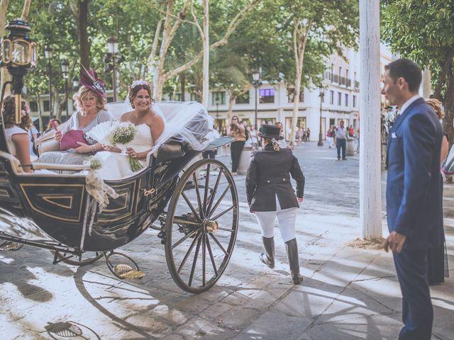 La boda de José Antonio y Macarena en Sevilla, Sevilla 34