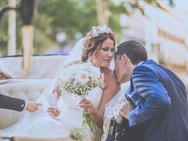 La boda de José Antonio y Macarena en Sevilla, Sevilla 37