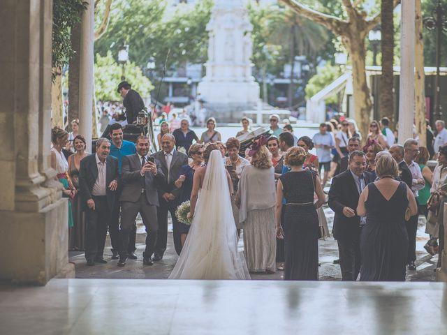 La boda de José Antonio y Macarena en Sevilla, Sevilla 43