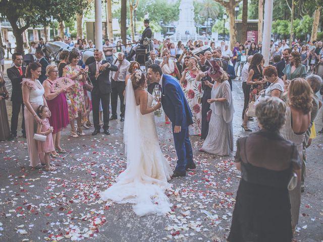 La boda de José Antonio y Macarena en Sevilla, Sevilla 73