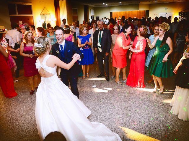 La boda de Angel Luis y Elena en Plasencia, Cáceres 35