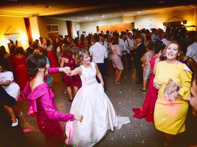 La boda de Angel Luis y Elena en Plasencia, Cáceres 37