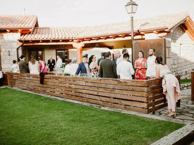 La boda de César y Clau en Villalibado, Burgos 38