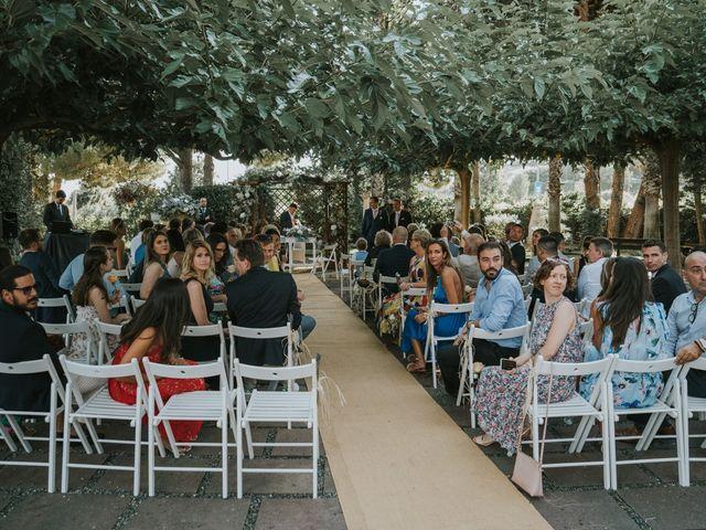 La boda de Alán y Laura en Sant Vicenç De Montalt, Barcelona 35