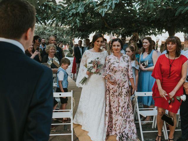 La boda de Alán y Laura en Sant Vicenç De Montalt, Barcelona 38