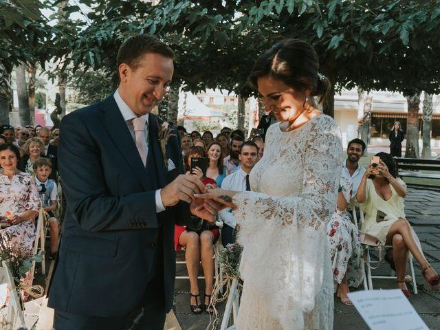 La boda de Alán y Laura en Sant Vicenç De Montalt, Barcelona 42