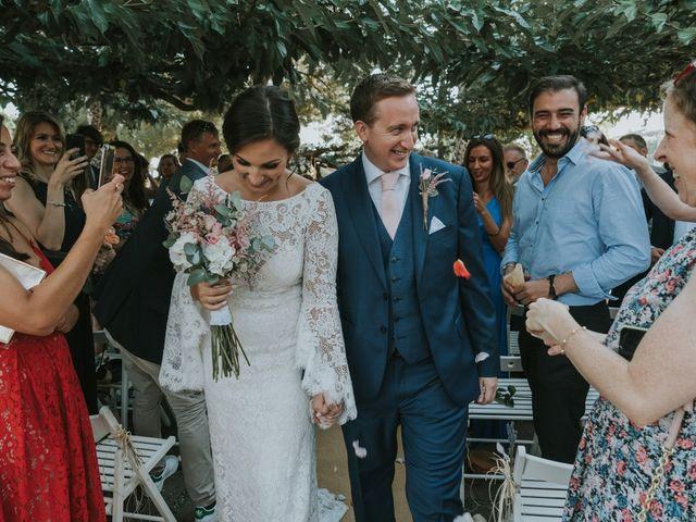 La boda de Alán y Laura en Sant Vicenç De Montalt, Barcelona 44