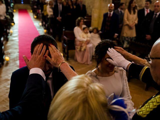 La boda de Elena y Julian en Carrion De Calatrava, Ciudad Real 35