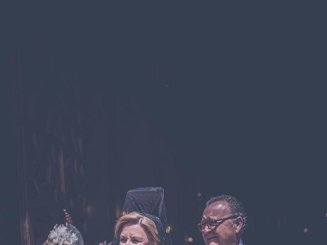 La boda de Javi y Rocío en Sevilla, Sevilla 40