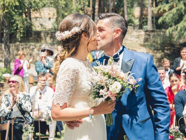 La boda de Carlos y Adriana en Rascafria, Madrid 20