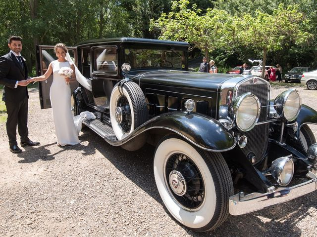 La boda de Ricardo y Virginia en Valdefresno, León 16