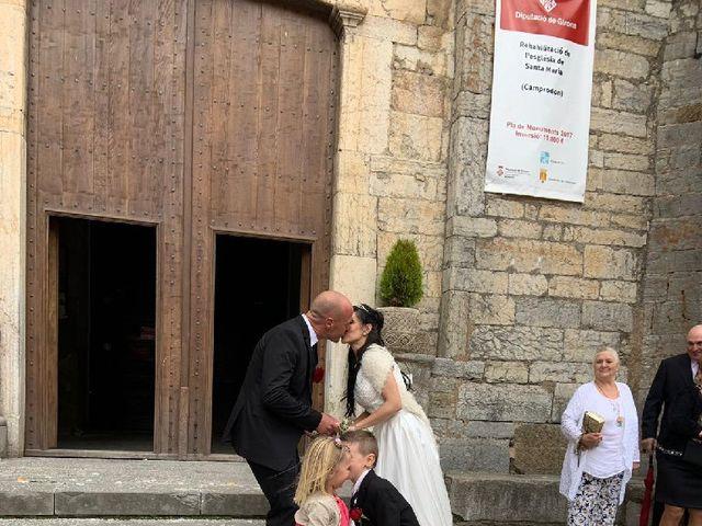La boda de Javi y Victoria en Camprodon, Girona 7