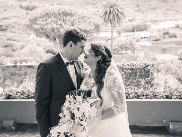 La boda de Enrique y Ashley en Icod de los Vinos, Santa Cruz de Tenerife 37