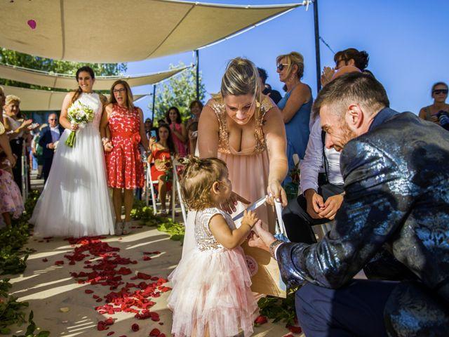 La boda de Andreu y Laura en Sant Cugat Sesgarrigues, Barcelona 24