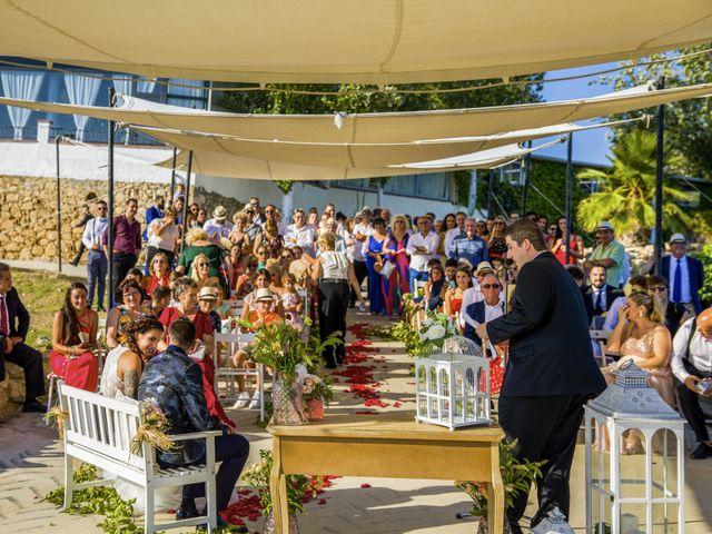 La boda de Andreu y Laura en Sant Cugat Sesgarrigues, Barcelona 28
