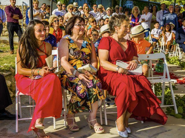 La boda de Andreu y Laura en Sant Cugat Sesgarrigues, Barcelona 29