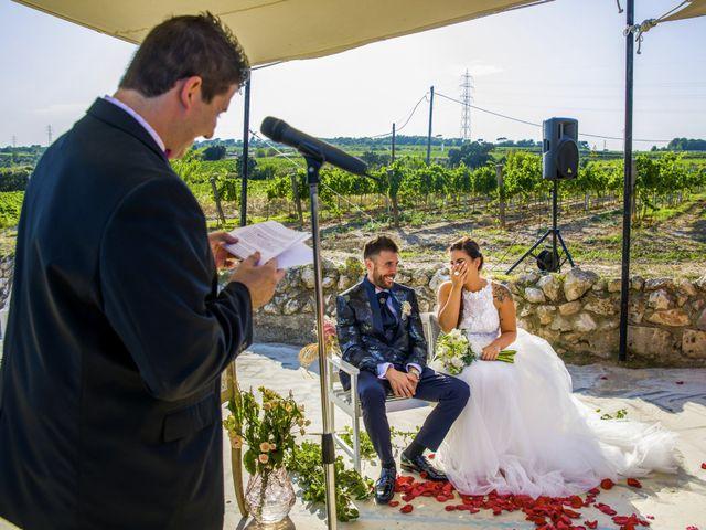 La boda de Andreu y Laura en Sant Cugat Sesgarrigues, Barcelona 30