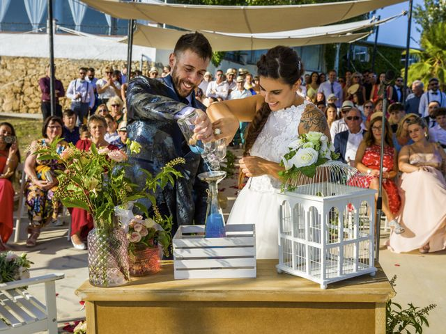 La boda de Andreu y Laura en Sant Cugat Sesgarrigues, Barcelona 33