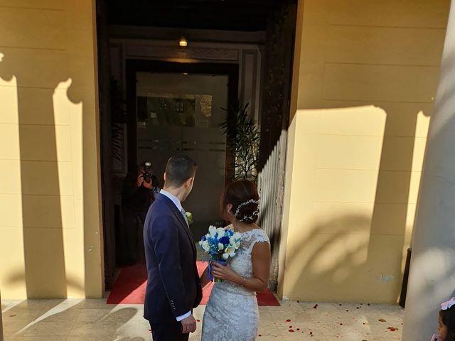 La boda de Lillian  y Daniel en L' Hospitalet De Llobregat, Barcelona 12