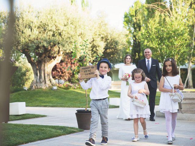 La boda de Alvaro y Aitana en Leganés, Madrid 16
