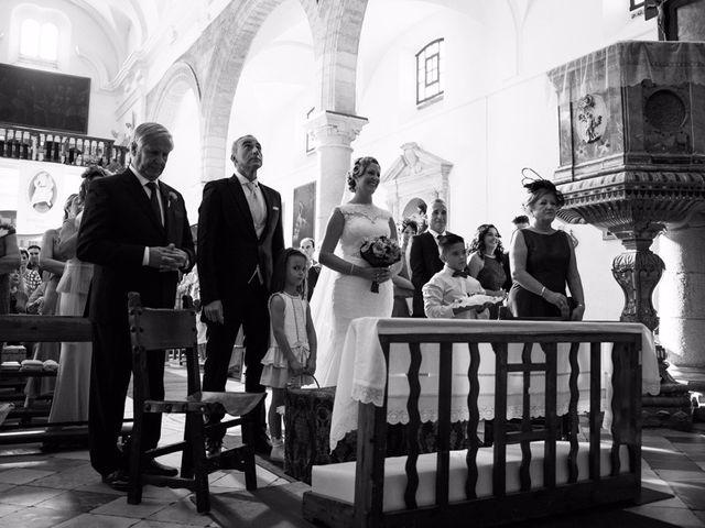 La boda de Eduardo  y Beatriz en Jerez De La Frontera, Cádiz 11