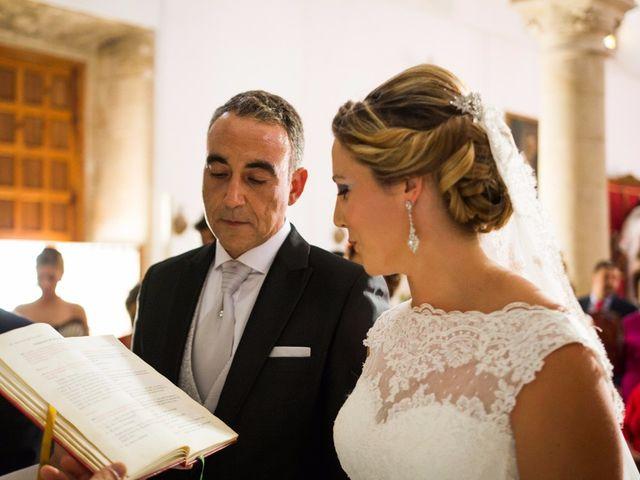 La boda de Eduardo  y Beatriz en Jerez De La Frontera, Cádiz 12