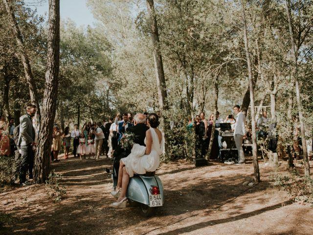 La boda de Leandro y Meritxell en Pontos, Girona 1