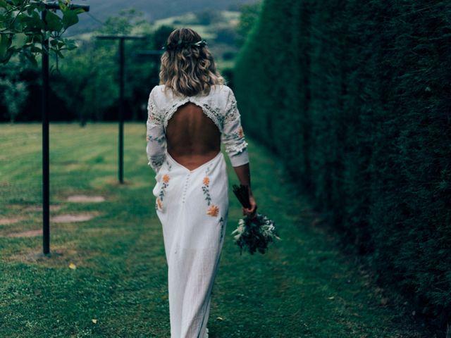 La boda de Pedro y Olaya en Salinas, Asturias 16