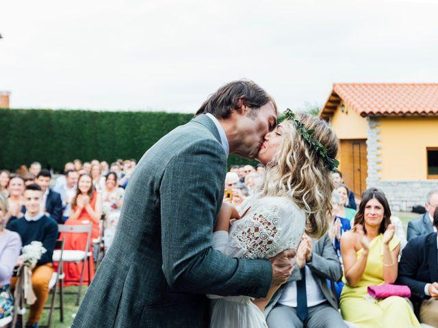 La boda de Pedro y Olaya en Salinas, Asturias 23