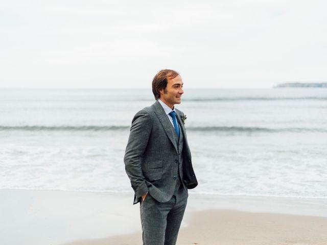 La boda de Pedro y Olaya en Salinas, Asturias 34