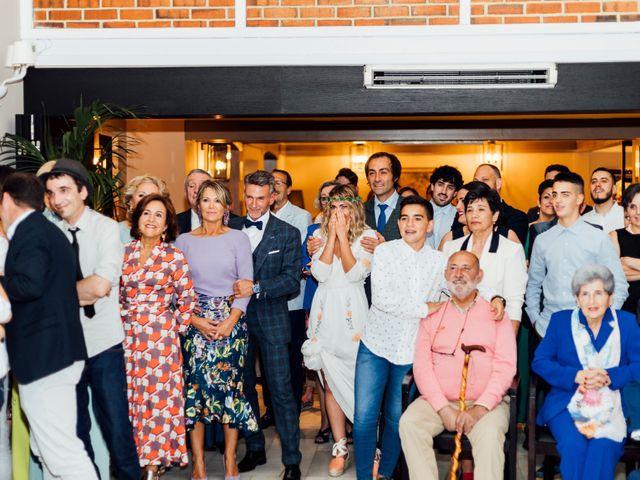 La boda de Pedro y Olaya en Salinas, Asturias 38