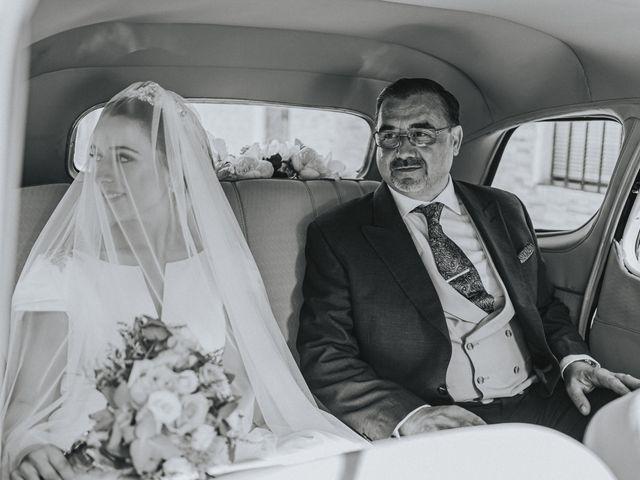La boda de Rocio y Alejandro en Alcala De Guadaira, Sevilla 91