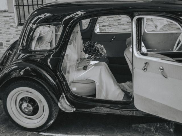 La boda de Rocio y Alejandro en Alcala De Guadaira, Sevilla 92