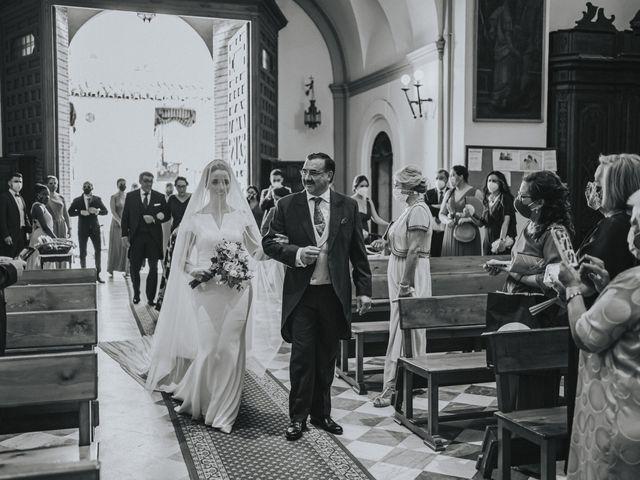La boda de Rocio y Alejandro en Alcala De Guadaira, Sevilla 98