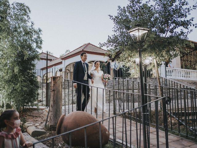 La boda de Rocio y Alejandro en Alcala De Guadaira, Sevilla 146