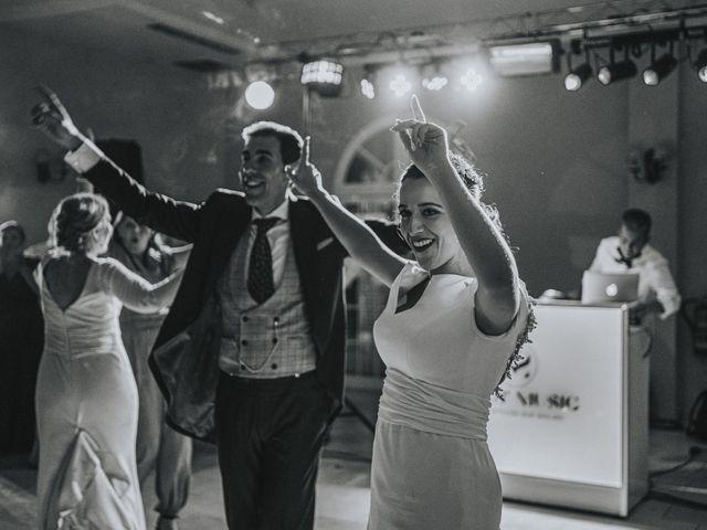 La boda de Rocio y Alejandro en Alcala De Guadaira, Sevilla 200