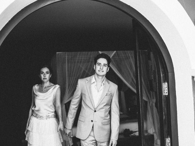 La boda de Agus y Raquel en Cala Tarida, Islas Baleares 12