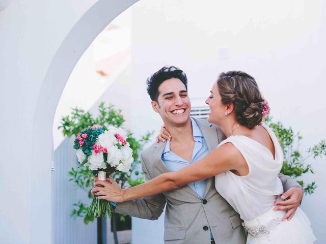 La boda de Agus y Raquel en Cala Tarida, Islas Baleares 16