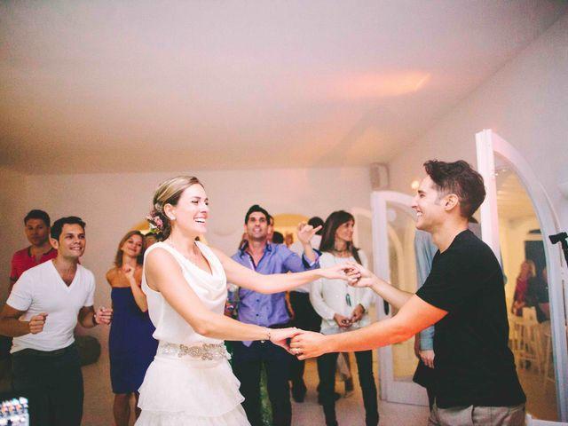 La boda de Agus y Raquel en Cala Tarida, Islas Baleares 20