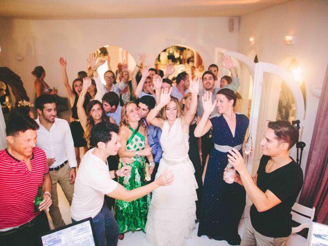 La boda de Agus y Raquel en Cala Tarida, Islas Baleares 22