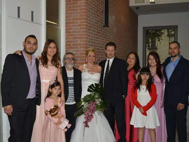 La boda de Juan y Maria del Mar en L' Hospitalet De Llobregat, Barcelona 1